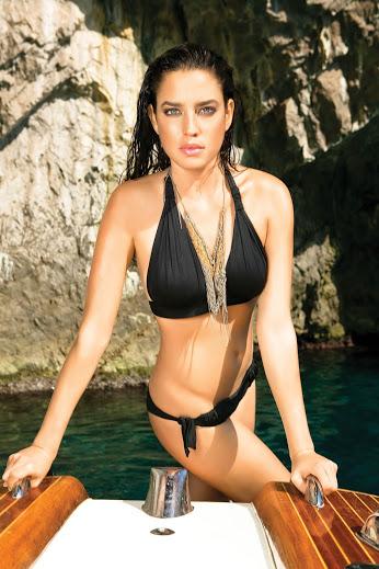 Sexy Bikini Babe 1