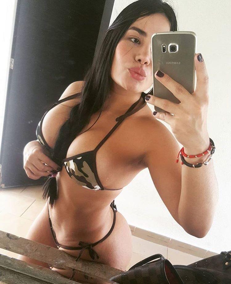 Sexy-Selfie-1