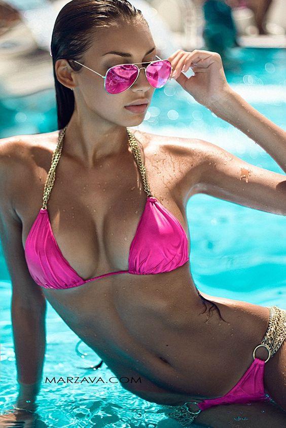 Bikini-Babe-1